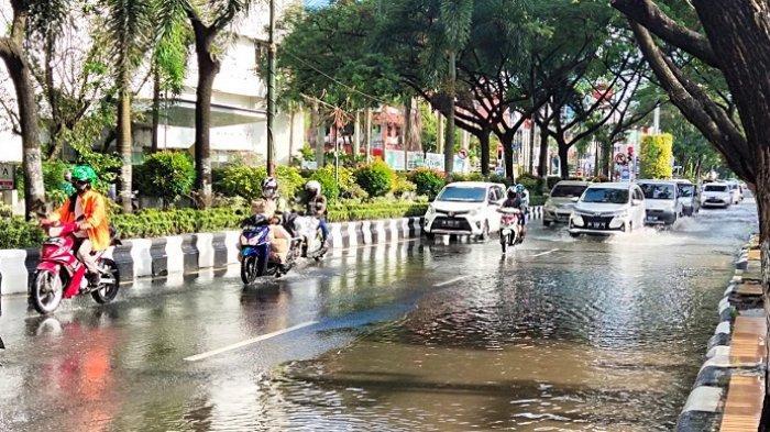 Banjir Ancam Banjarmasin, Pasang Air Laut Kini Rendam ...