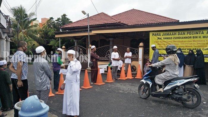 Peziarah Umum Belum Diperbolehkan ke Makam Guru Zuhdi di Banjarmasin