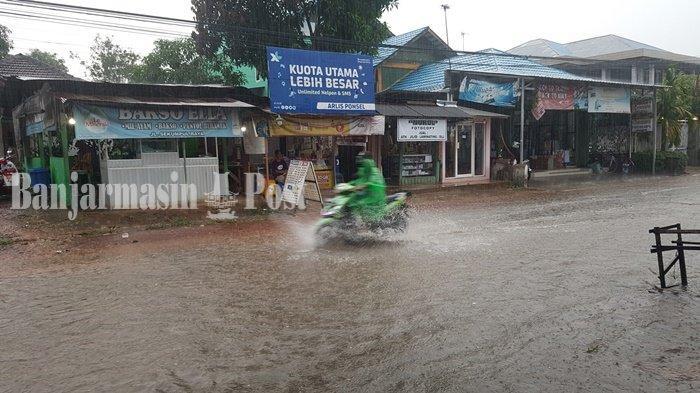 Waspada, Jalan Sekumpul Martapura Banjar Digenangi Luapan Air