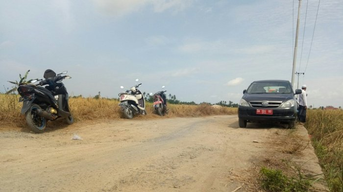 Yth Bupati Banjar, Tolong Jalan Rusak di Jalan Tatah Bahalang Tatah Makmur Diaspal, Rawan Kecelakaan