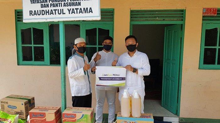 Jamkrindo Syariah Bagi Paket Sembako untuk 60 Panti Asuhan