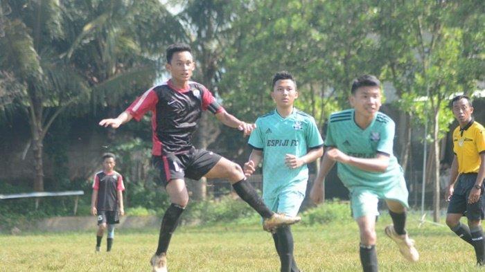 Jebolan SSB Batu Agung Kabupaten Balangan Kalimantan Selatan memperkuat Diklat Merden, M Akbar Mahendra (jersey hitam).