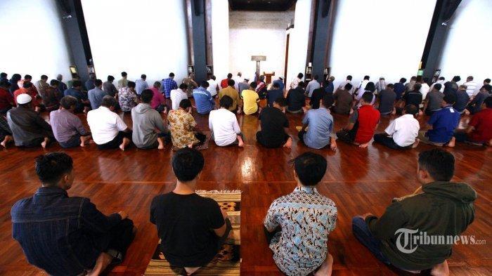 Jangan Tinggal Shalat Zuhur Ramadhan 2021, Begini Niat dan Tata Cara Pelaksanaan