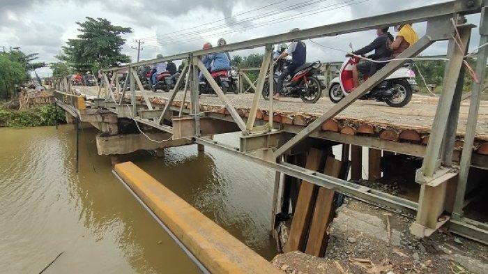 Mataraman-Astambul Masih Dihubungkan Jembatan Darurat, Angkutan Karet ke Banjarmasin Terhambat