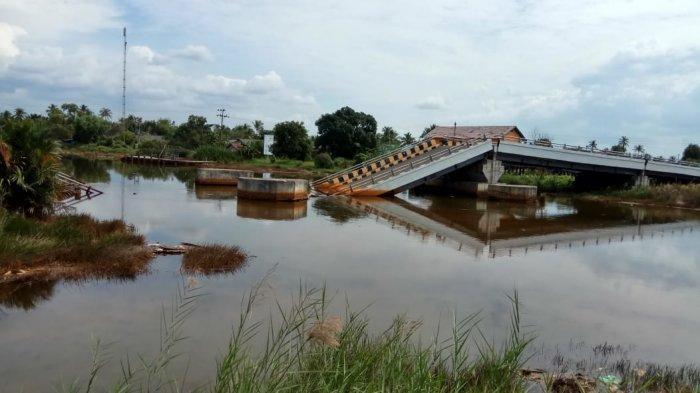 Harta Terpidana Korupsi Jembatan Mandastana Batola Dilelang, Mobil Mazda Cuma Laku Segini