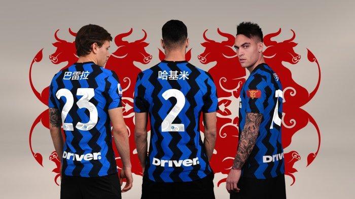 Jersey khusus Inter Milan edisi Tahun Baru Imlek 2021 yang digunakan dalam laga Liga Italia Serie A pekan 22 melawan Lazio di Stadion San Siro Senin (15/2/2021) dinihari WIB