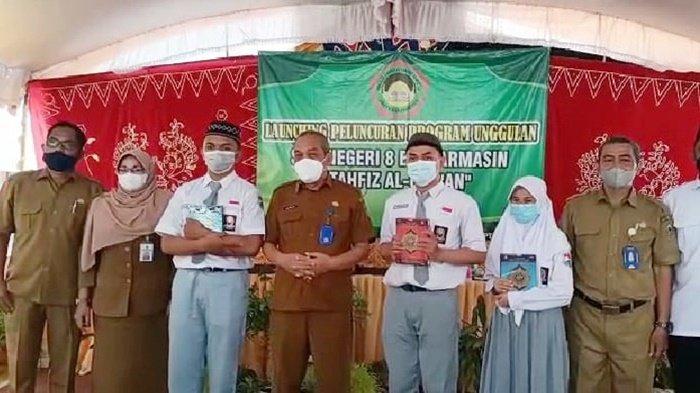 SMAN 8 Banjarmasin Launching Program Unggulan Tahfidz Qur'an