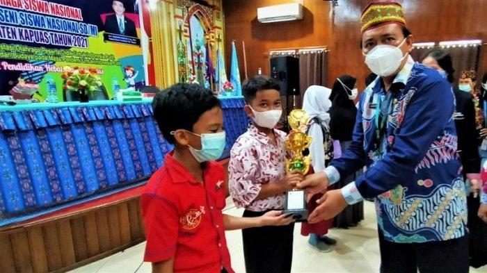 Juara KOSN dan FL2SN Kapuas Diminta Terus Berlatih, Persiapan Kompetisi di Tingkat Provinsi