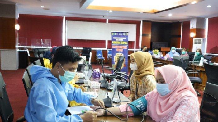 Dukung Kebijakan Pemerintah, Bank Kalsel Tunaikan Kewajiban Vaksinasi Tahap 2 untuk Pegawai