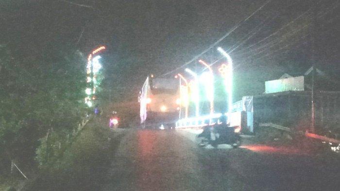 Kalselpedia, Ketika Kotabaru Bersolek dengan Memasang Lampu-lampu Hias