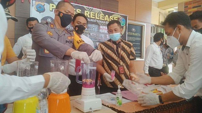 Pemusnahan Narkoba di Polres Tanbu Kalsel, 1,8 Kg Sabu dan Ratusan Pil Ekstasi Diblender