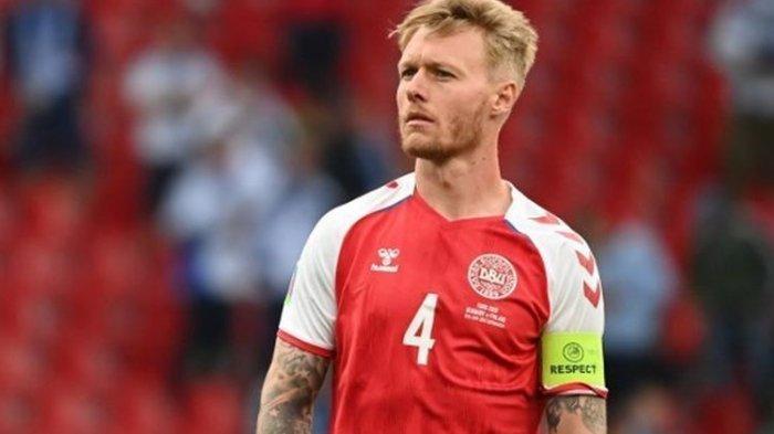 Ceko vs Denmark di Euro 2021: Jelang Laga, Kepantasan Simon Kjaer Jadi Kapten AC Milan Disinggung