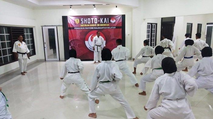 World E-Kata Championship 2021, Tim Bina Satria Karate Club Bawa Tim Indonesia Raih Juara II