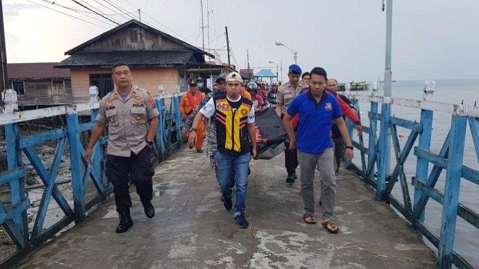 Tiga Hari Dua Malam Tenggelam di Laut, Bahtiar Ditemukan Mengapung di Perairan Sekapung
