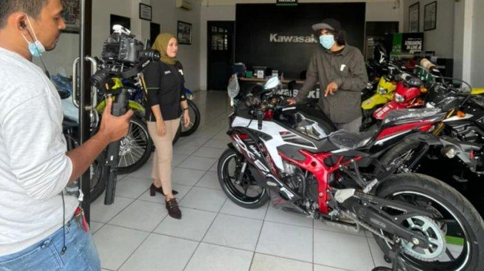 Tak Lagi Indent, Kawasaki Ninja ZX-25R Siap Anda Geber!