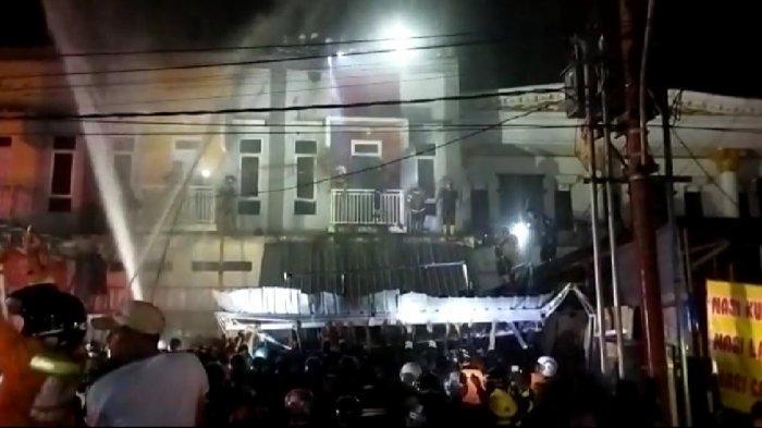 Kebakaran di Kalsel, Api Berkobar di Lantai Dua Ruko di Benua Anyar Banjarmasin