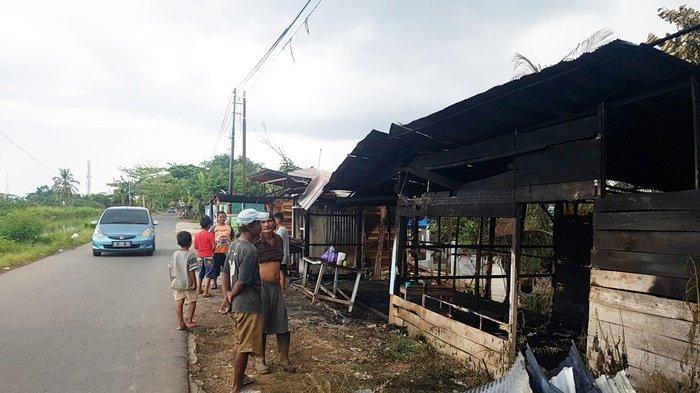 Kebakaran di Gang Mujahidin 7 Kota Martapura, Tiga Kios Hangus