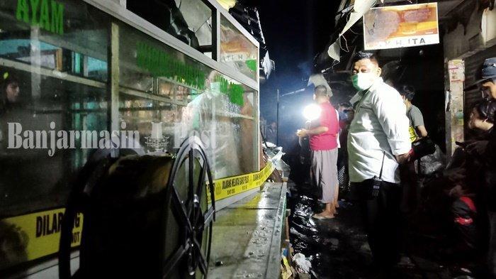 Kebakaran di Kalsel, Sembako Hangus di Dalam Toko Terbakar Kawasan Pasar Batuah Martapura