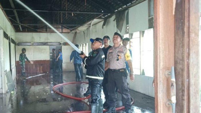 Kebakaran di Eks Kantor BRI Pagatan, Polisi Menduga Akibat Korsleting Listrik