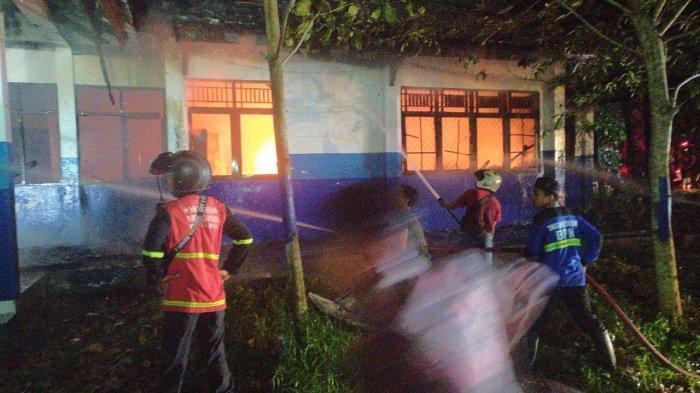 Peralatan Praktek Laboratorium Kehutanan Universitas Palangkaraya Turut Terbakar