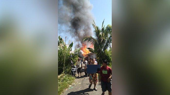 Kebakaran Kalsel, Dua Bangunan Pinggir Sungai Hangus di Kabupaten HSU
