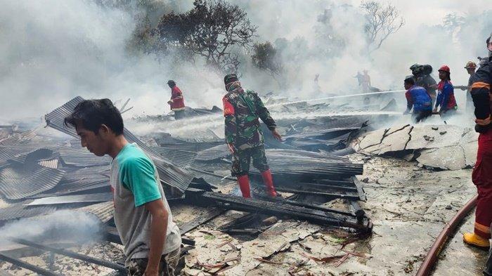 Kebakaran Kalsel, Gudang Mebel dan Rumah Hangus di Kasarangan Kabupaten HST