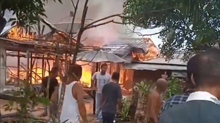 Kebakaran Kalsel,  Api Membara di Kintaplama Tanahlaut, Empat KK Kehilangan Tempat Berteduh
