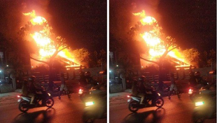 Kebakaran Kalsel di Banjarmasin, Belitung Darat Kembali Heboh Api, Listrik Padam Jalan pun Macet