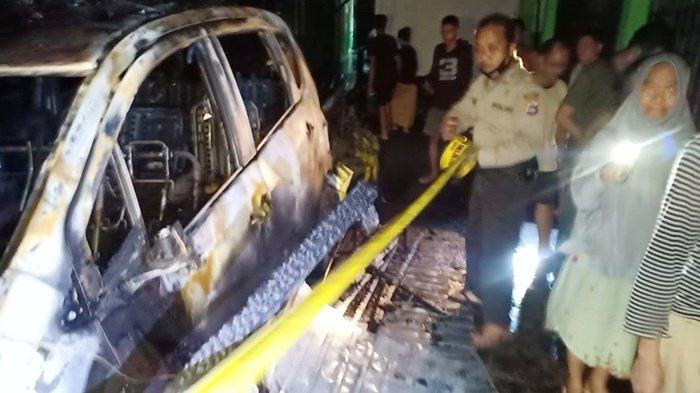 Empat Rumah, 1 Mobil dan 2 Motor Terbakar di Kelurahan Antasari Kabupaten HSU
