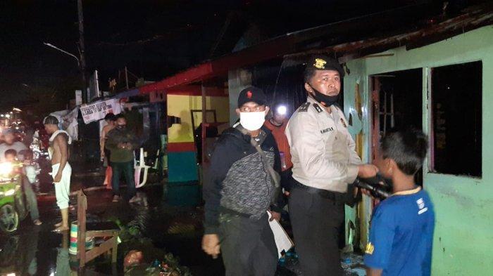 Sebuah Rumah di Jalan Pulau Laut Banjarmasin Ludes Terbakar Minggu Dinihari