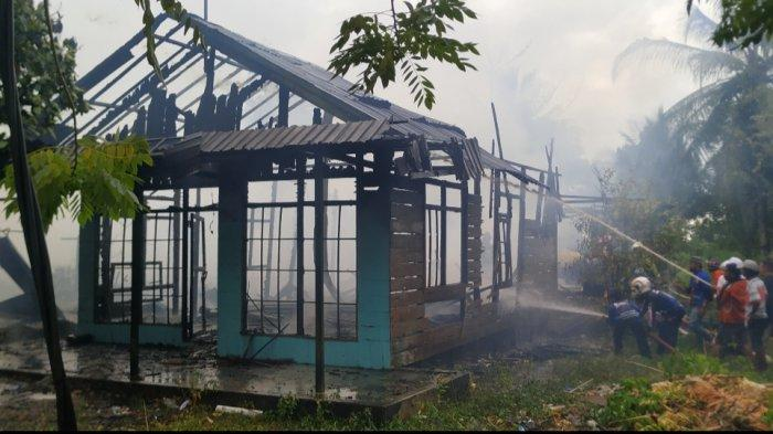 Kebakaran di Pematang Panjang Kabupaten Banjar, 4 Rumah Warga Ludes Dibabat Jago Merah