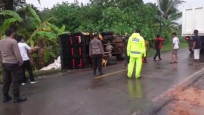 Kecelakaan Kalteng, Truk Adu Banteng di Kilometer 4 Basarang Kapuas, 1 Dikabarkan Tewas