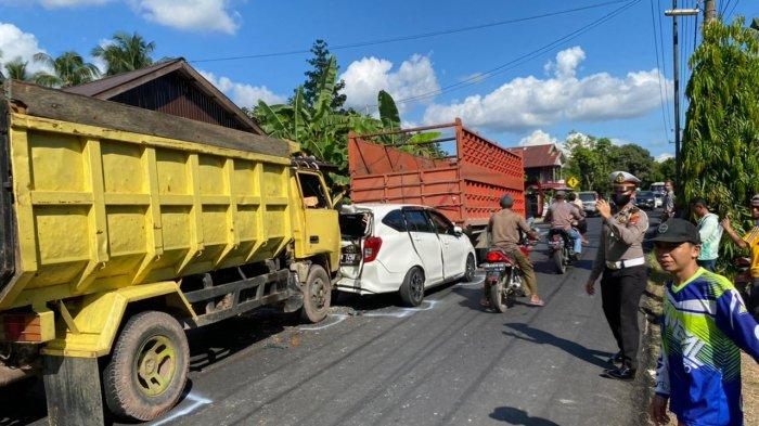 Tabrakan Beruntun di Pugaan Tabalong, Libatkan Tiga Truk dan Satu Mobil Penumpang