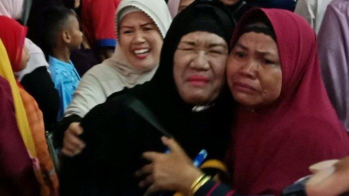 Tangis Bahagia Sambut Kedatangan Jamaah Haji Kaltrabu, 'Tak Ada Amalan yang Tertinggal'