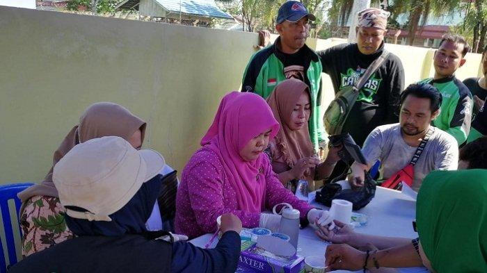 Ratusan Mitra Gojek Kalsel Dapat Layanan Kesehatan Gratis dari ACT Kalsel