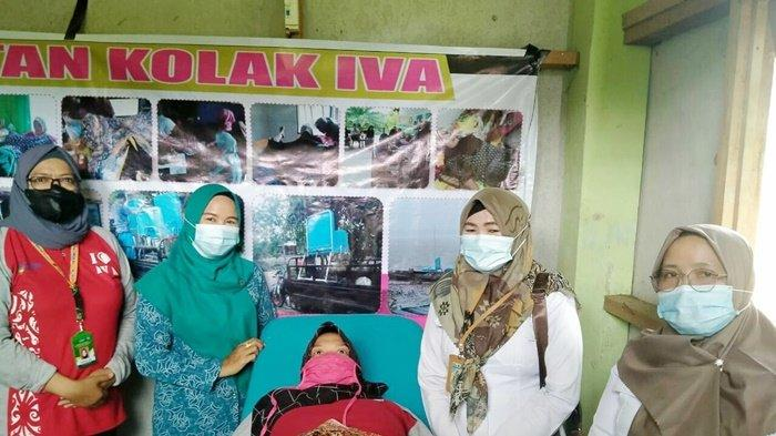 Warga Dua Desa di Kabupaten Kapuas Ikuti Layanan KB dan Deteksi Kanker Serviks