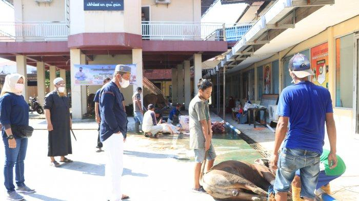 Polresta Banjarmasin Serahkan Daging Kurban untuk Warga Terdampak Covid 19