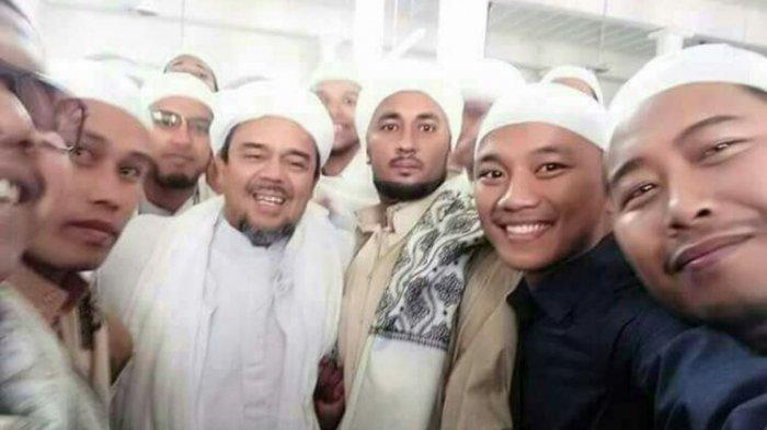 Prabowo Mau Lakukan Rekonsiliasi dengan Jokowi, Salah Satu Syaratnya Ada pada Rizieq Shihab