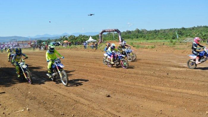 Kroser Nasional Ramaikan Kejurda Grasstrack Wiratama MX seri 1