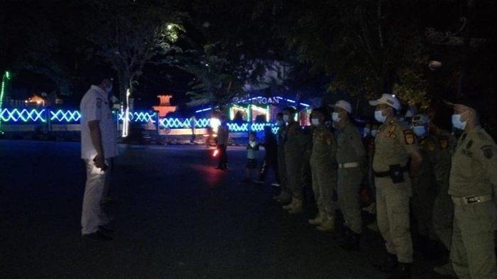 Petugas Lakukan Pengamanan Malam Tahun Baru di Paringin, Warga Tak Taat Prokes Bakal Ditegur