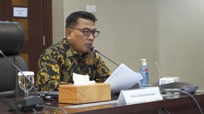 Kepala Staf Kepresidenan Moeldoko saat memimpin rapat koordinasi dengan delapan Panglima Komando Daerah Militer (Kodam) tentang pelaksanaan program vaksinasi Covid-19 di Gedung Bina Graha , Jakarta, Selasa (19/1/2021).