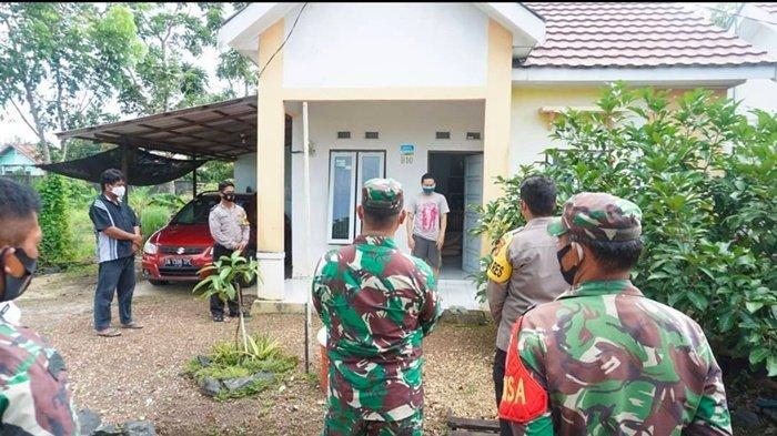 Kapolres Banjarbaru Beri Bantuan kepada Pasien Covid-19 yang Isolasi Mandiri