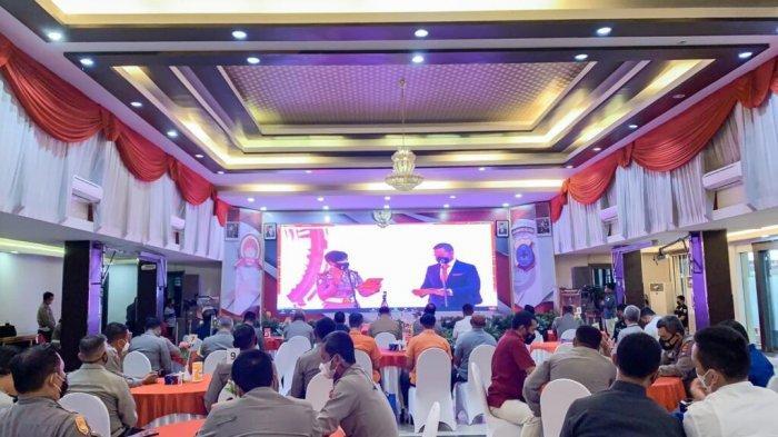 Ketua dprd provinsi Kalimantan Selatan (kalsel), Dr. (HC) H. Supian HK, S.H., menghadiri undangan launching aplikasi SIM Nasional presisi (SINAR), di gedung mathilda ditlantas Polda Kalsel.