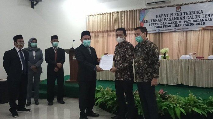 Resmi, Abdul Hadi-Supiani Ditetapkan Sebagai Calon Terpilih Bupati dan Wakil Bupati Balangan