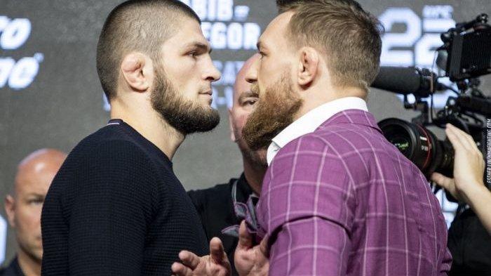 Sindiran Khabib Nurmagomedov untuk Conor McGregor Saat Alami Patah Kaki di UFC 264