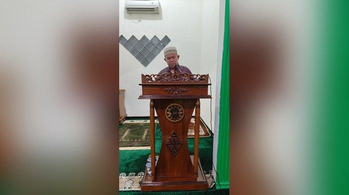 Jemaah Masjid At Taqwa Karang Anyar Banjarbaru Gelar Salat Gerhana Bulan