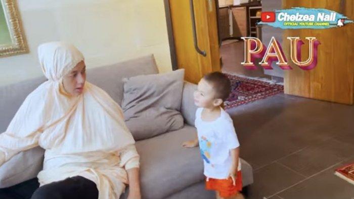 Tingkah Laku Kiano Baim Wong Duduki Perut Buncit Paula yang Hamil Buat Fans Syok, Terekam Kala Ultah