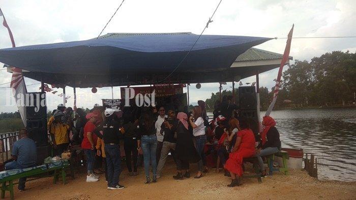 Komunitas Insan Seni Kalsel Rayakan Ulang Tahun di Danau Seran Banjarbaru
