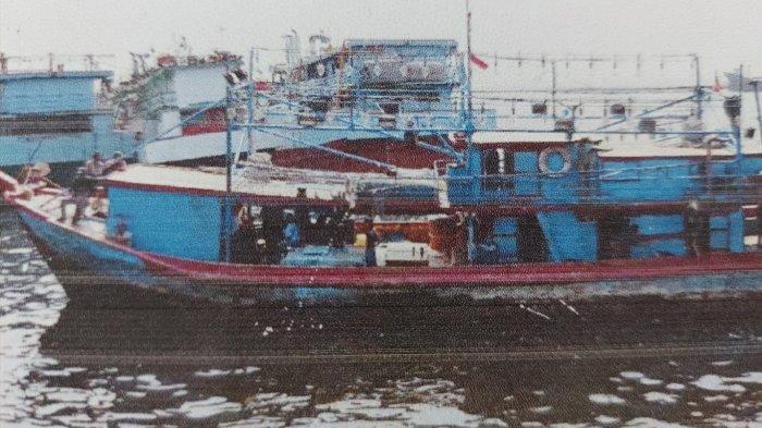 Kapal Nelayan Tenggelam di Perairan Kumai Kalteng, KN SAR Laksmana Kalsel Bantu Pencarian