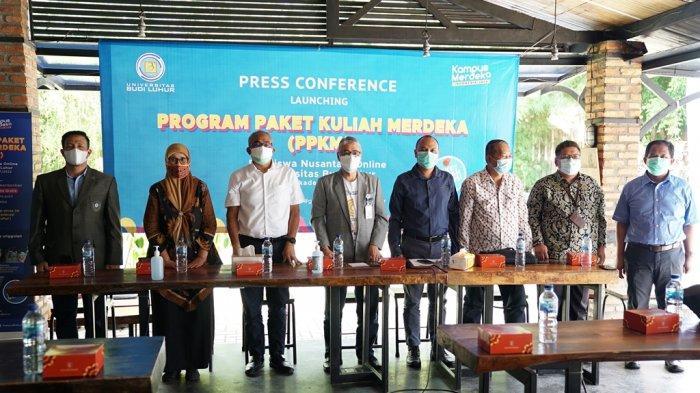 Konferensi pers launching Paket Program Kuliah Merdeka (PPKM) Universitas Budi Luhur